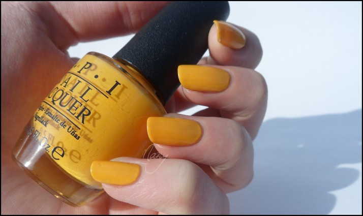 OPI - The IT Color (3)