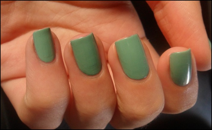 OPI . mermaid's tears (1)