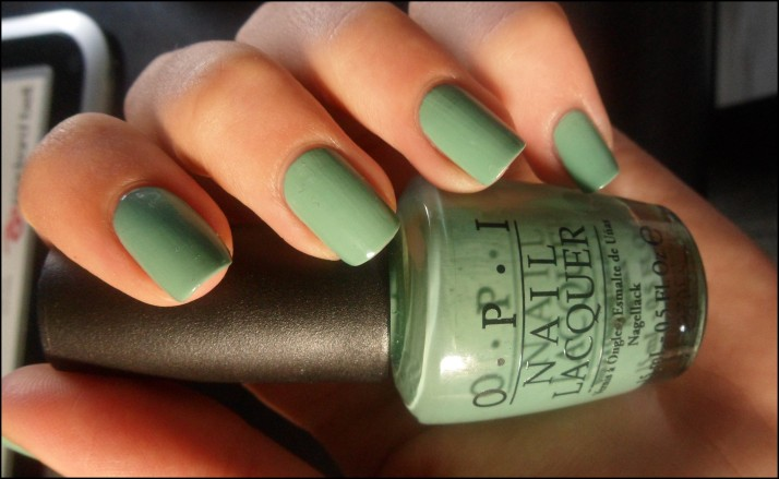 OPI . mermaid's tears (2)