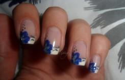fleurs bleues et grises (1)