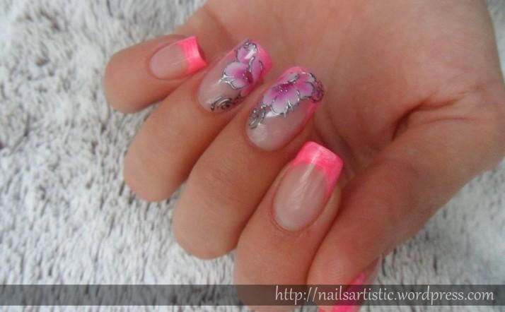 Fleurs néon (4)